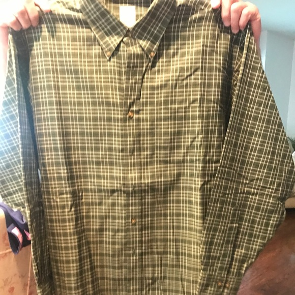 Brooks Brothers Other - BROOKS BROTHERS CASUAL DRESS SHIRT